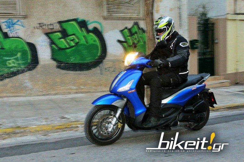 bikeit_test_piaggio_beverly_300_s_1.JPG