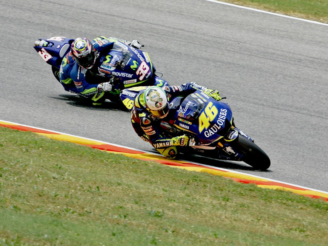 rossi.melandri.2005.gallery full top lg