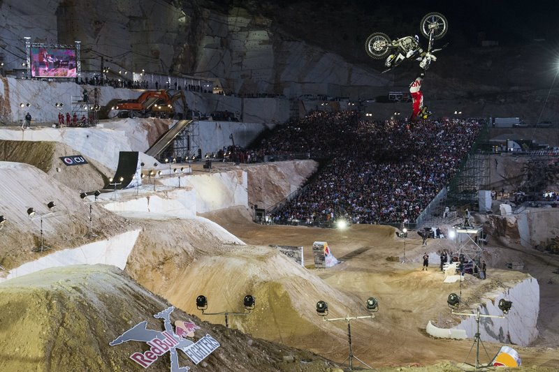 Red Bull X-Fighters 2015, 2ος αγώνας, Αθήνα