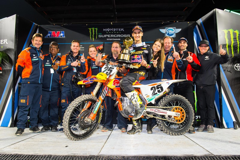 RED BULL KTM TEAM PODIUM