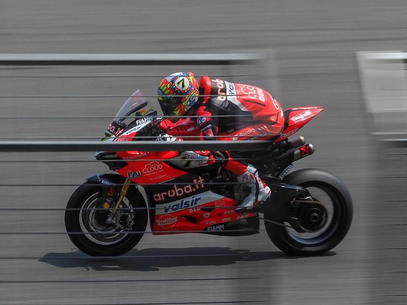 worldsbk 2018 buriram race 2 day 2 davies ducati