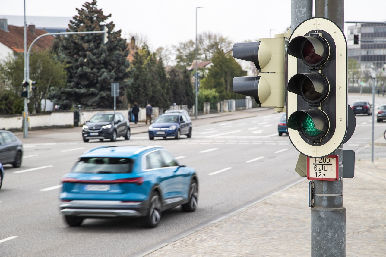 audi network traffic lights 1.jpg