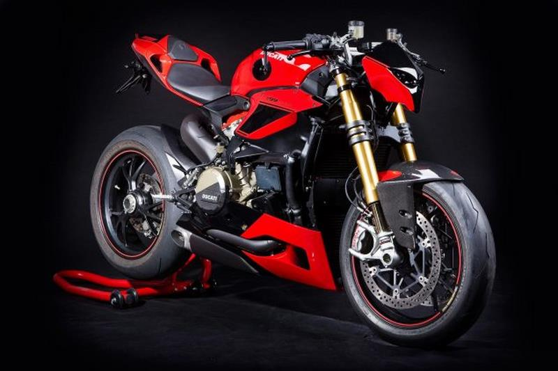 Ducati 1199 Panigale Streetfighter!