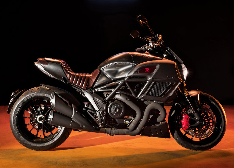 Ducati Diavel Diesel - The number of the industrial beast