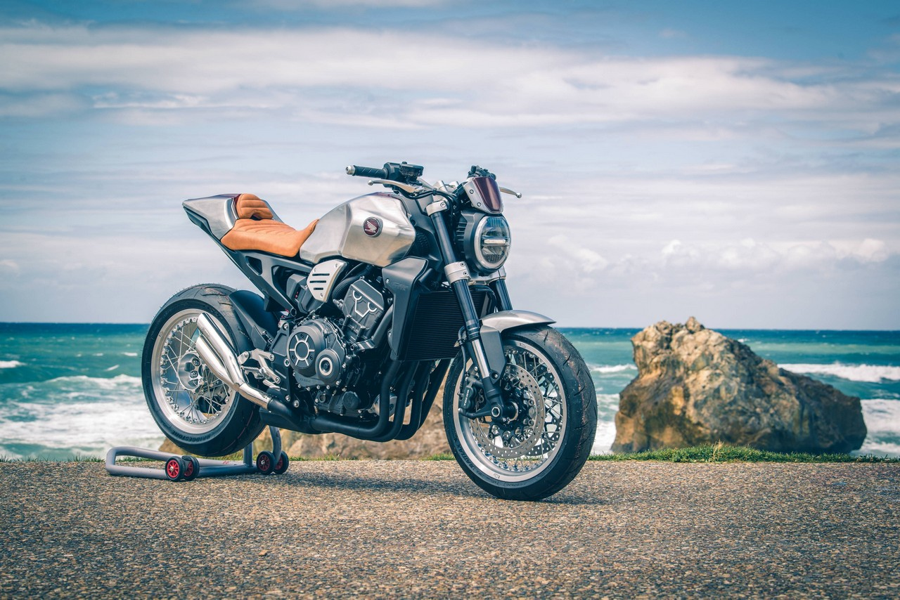 183674 Cafe Chic CB1000R
