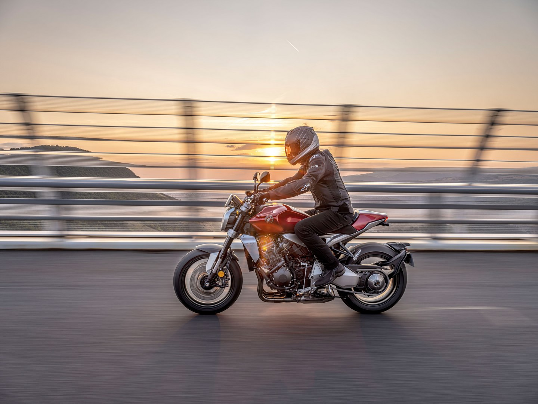 Honda CB1000R 2021 - BIKEIT!