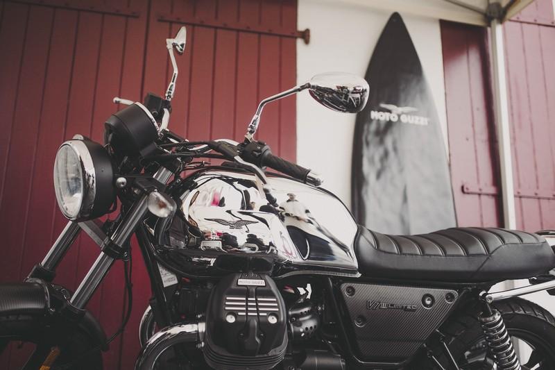 02 Moto Guzzi V7 III Limited