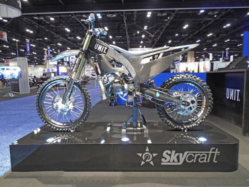 SkyCraft – Carbon Motocross Freestyle μοτοσυκλέτα!