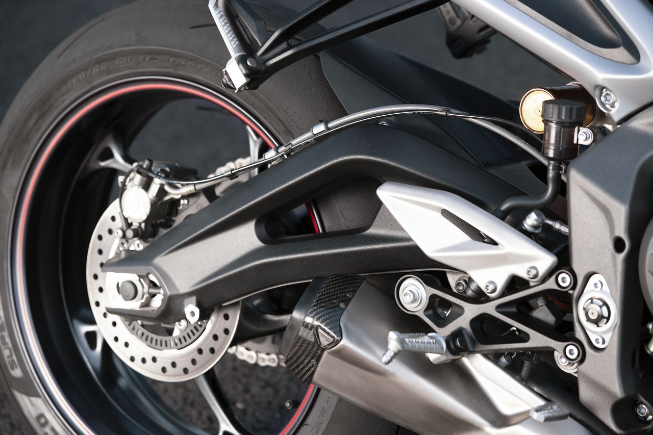 New Street Triple RS Detail 16