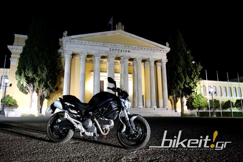 Test - Ducati Monster 696 ABS Plus 2013