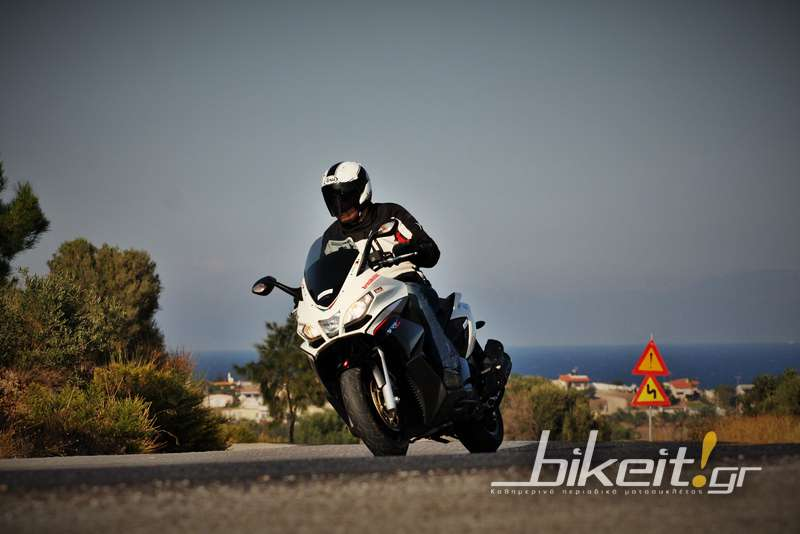 Test - Aprilia SRV 850 ABS 2013