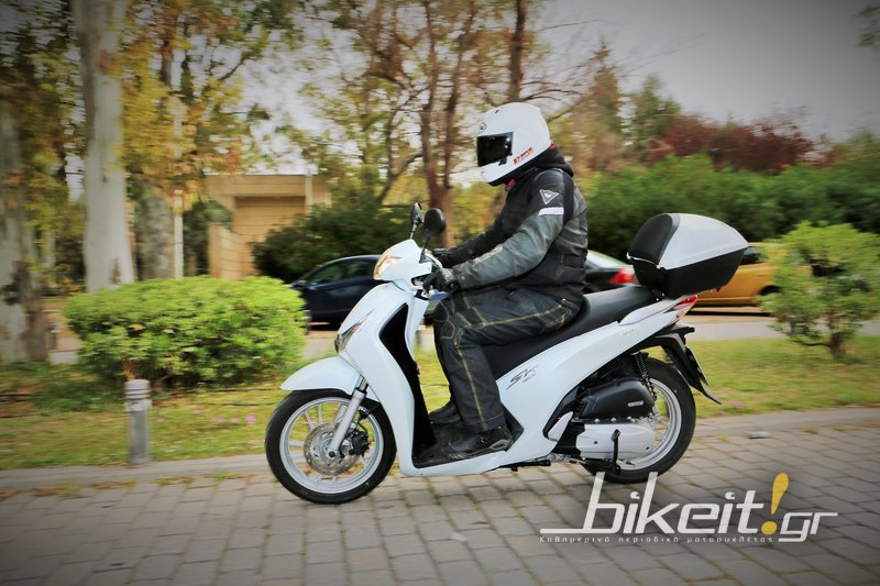 Test - Honda SH 150i Top Box 2016