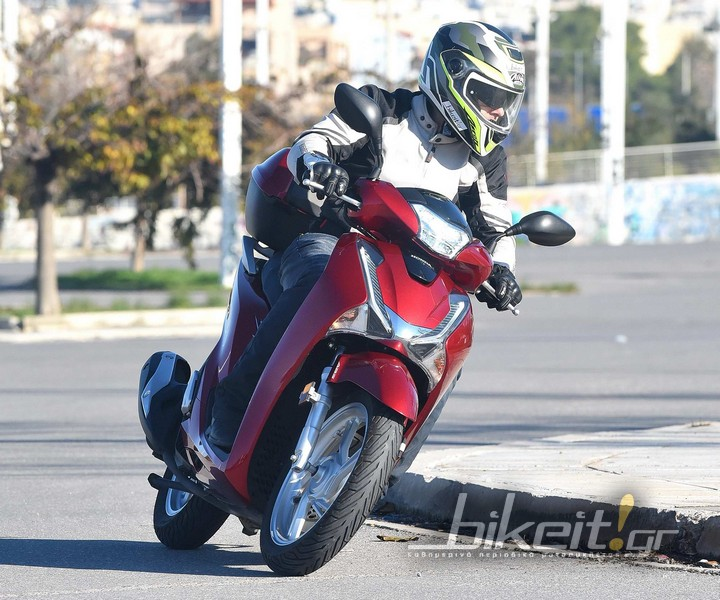 ΤEST - HONDA SH 150i Top Box 2017
