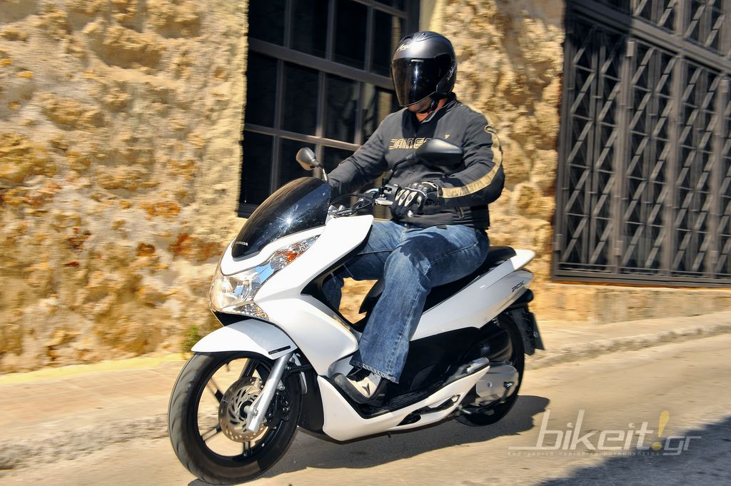 Test Honda PCX 125 2011