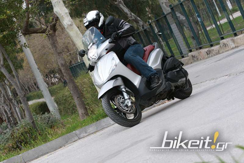 Test – Piaggio Beverly 350ie ABS/ASR 2012