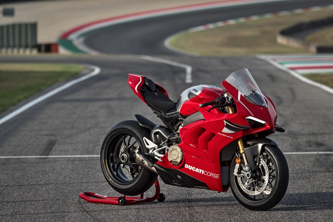 2019 ducati panigale v4 r first look preview 7