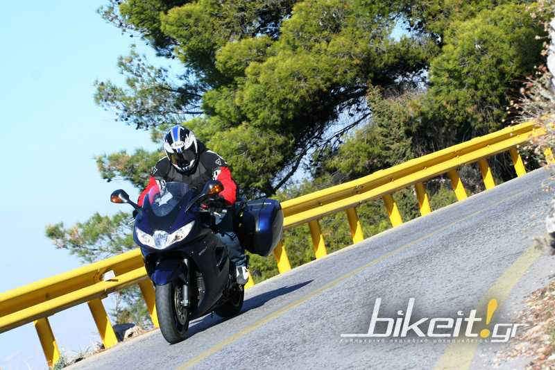 Test-Triumph Sprint GT 1050 2011