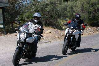 Συγκριτικό  - Honda Crosstourer 1200 vs Kawasaki Versys 1000 – Video