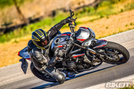 Test - Triumph Street Triple RS 2020