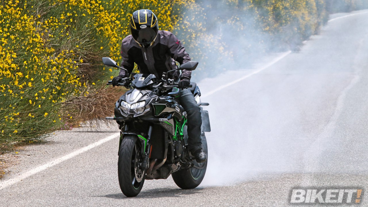 Video Test - Kawasaki Z H2 2020