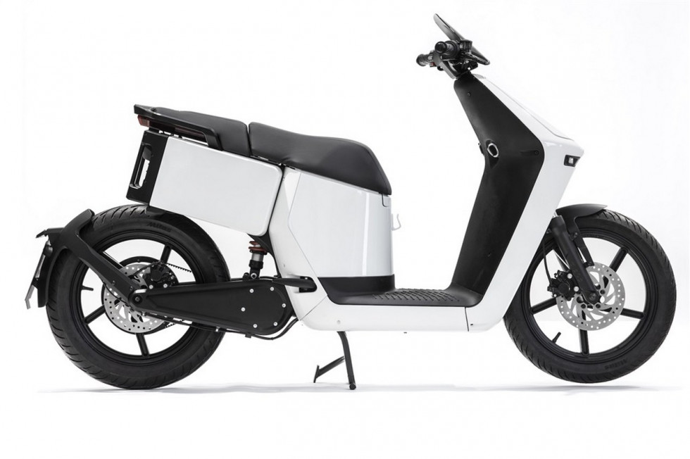 Wow! - Startup εταιρεία με e-scooter στην EICMA 2019