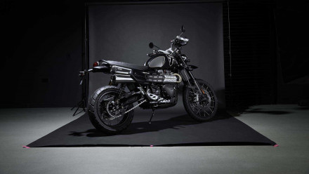 Triumph Scrambler 1200 Bond Edition - My name is Bond. Scrambler Bond.