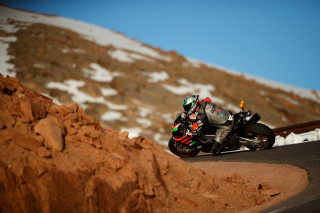 Pikes Peak International Hill Climb 2019 - Rennie Scaysbrook και Aprilia νικούν με χρόνο ρεκόρ