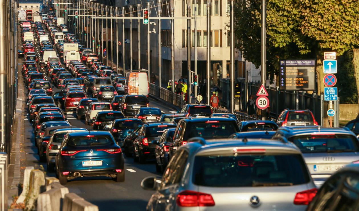 Το Βέλγιο εξετάζει απαγόρευση μοτοσυκλετών στις Βρυξέλλες! B7502b0b88c848ecbb40ce45ae355990_XL