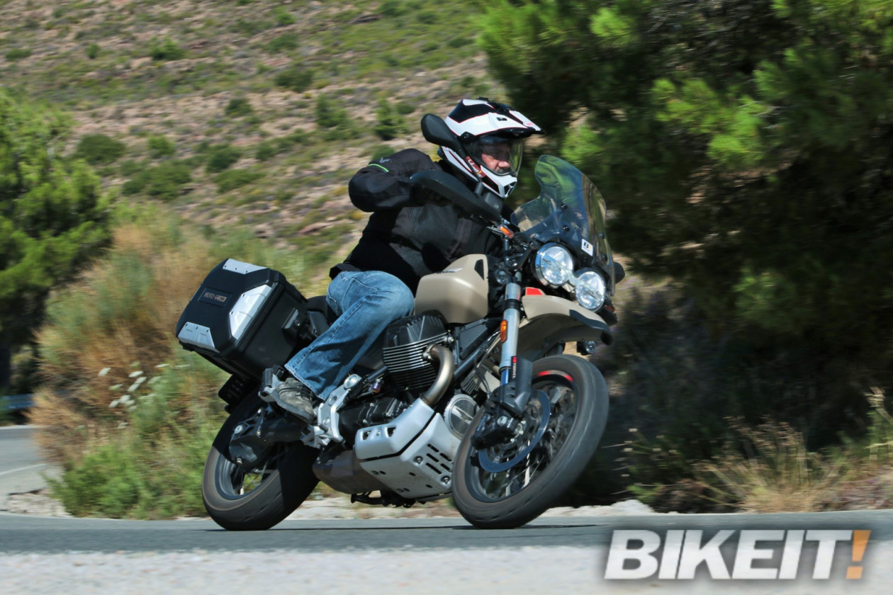 Test - Moto Guzzi V85 TT Travel 2020