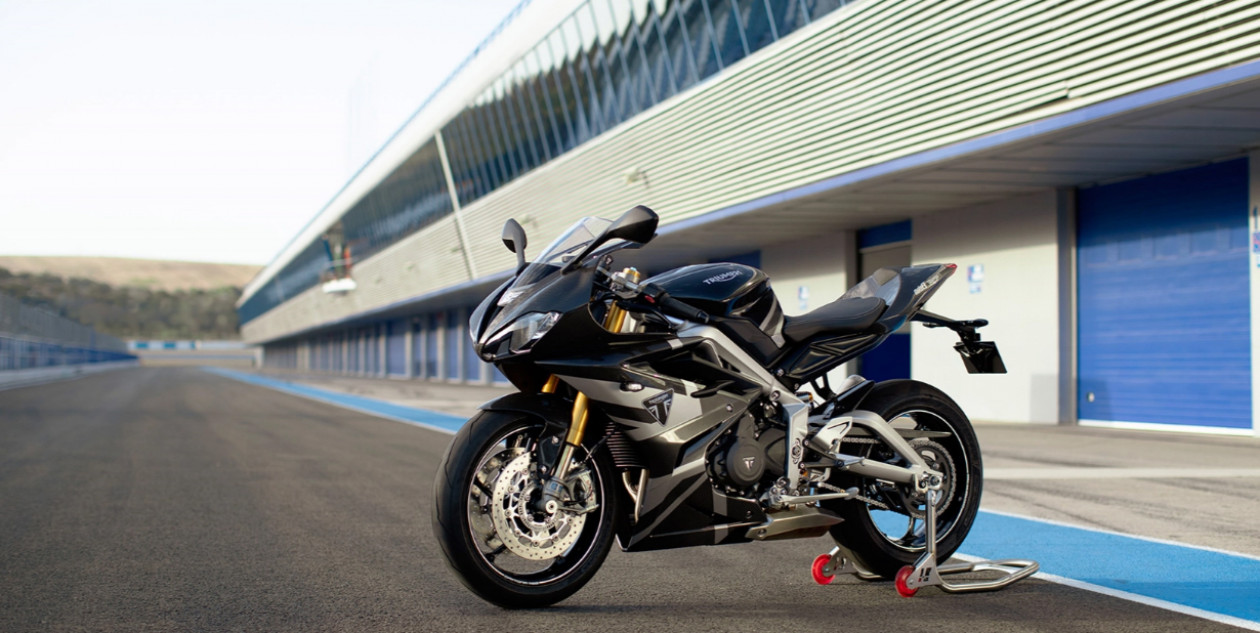 Triumph – Ιδού η Daytona Moto2 765 Limited Edition!